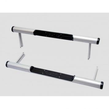 Защита порогов Труба с проступью с пластиковой заглушкой